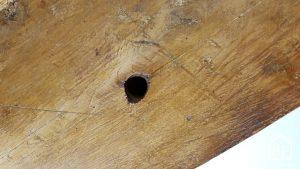 Read more about the article Trous ou fissures dans du bois, comment les réparer ?